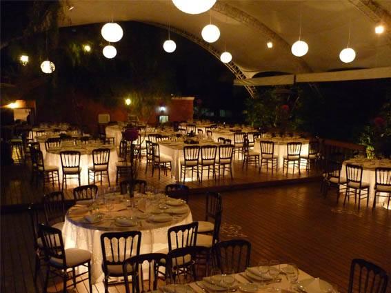 mesas iluminadas para eventos sociales bodas