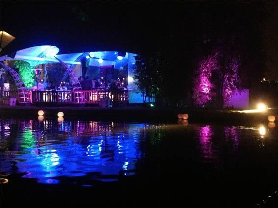 iluminación arquitectónica para eventos